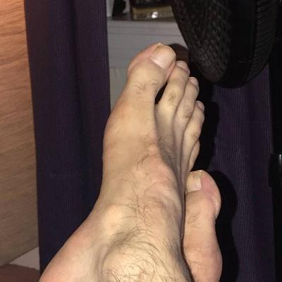 Greek-feet