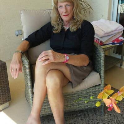 mature crossdresser dating