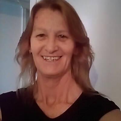 Julie2764