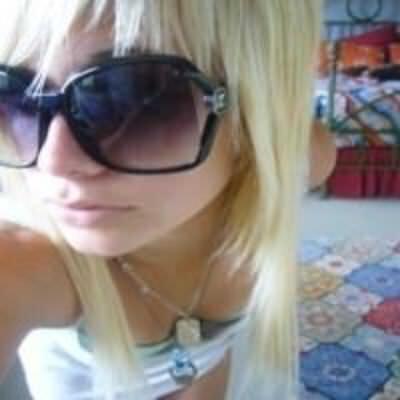 blonde_emo