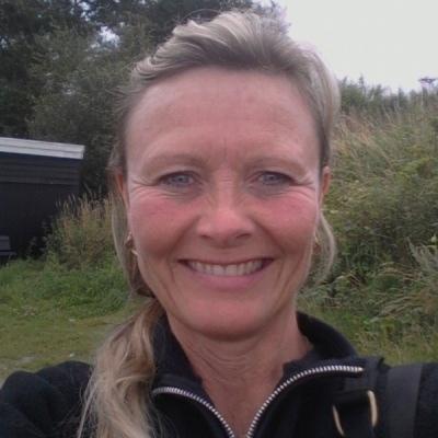 dating for ældre kvinder og yngre mænd Esbjerg