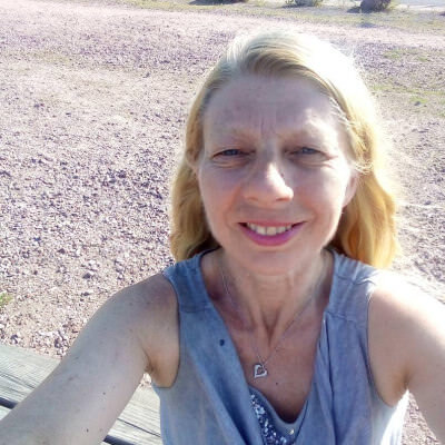 Lesbo online dating Pohjois-Irlanti