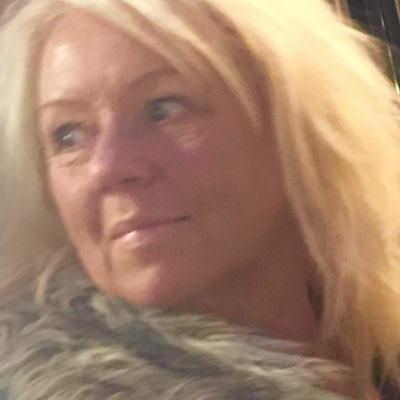 Melissa Graeli, 37 r i Mnsarp p Villavgen 20 - adress