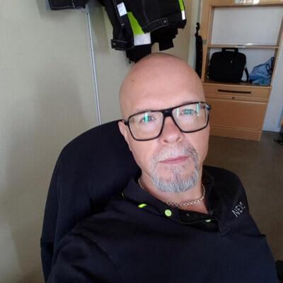Anders Carlsson, Lokattsbacken 52, Vstra Frlunda | patient-survey.net